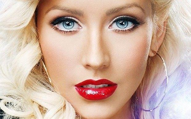 Christina Aguilera music hunter