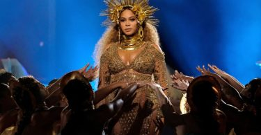 beyonce-grammy music hunter