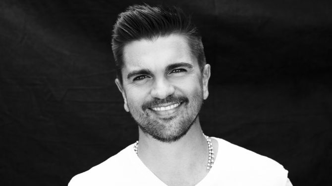 juanes music hunter