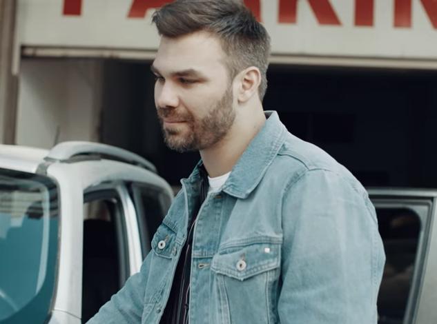 Giorgos Sambanis Music Hunter